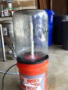 Homebrewing stand Matts Keg and Carboy Washer - American Homebrewers Association Brewing Recipes, Homebrew Recipes, Beer Recipes, Coffee Recipes, Brewery Equipment, Home Brewing Equipment, Home Brewery, Home Brewing Beer, Craft Bier