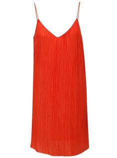 Typ:rovné plisované šaty s véčkovým výstrihom na tenké ramienka Farba:červenáZapínanie:žiadne...