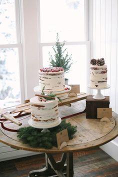 Christmassy naked cakes.