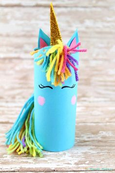 Unicorn crafts for kindergarten and preschoolers. Just adorable, the kids will love!