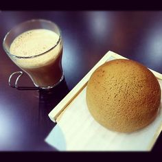 PappaRoti sweet buns... with ginger tea... i would kill for one right now..