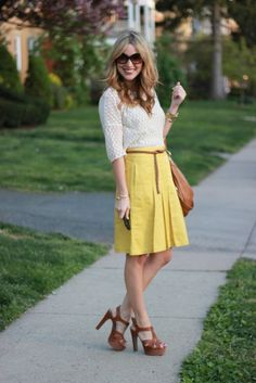 Its yellow and its from Banana - I may need to see about getting one of these :) and i love the top as well :)