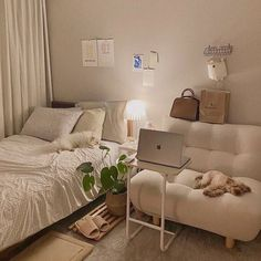 Room Design Bedroom, Home Room Design, Small Room Bedroom, Room Ideas Bedroom, Bedroom Decor, Bedroom With Sofa, Korean Bedroom Ideas, Small Apartment Bedrooms, Study Room Decor