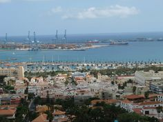Ciudad Jardin, Muelle deportivo y Puerto de la luz:  Las Palmas de Gran Canaria  via @BertoGarcia◄:))► @bermaxo