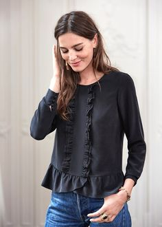 Tremendous Sewing Make Your Own Clothes Ideas. Prodigious Sewing Make Your Own Clothes Ideas. Blouse Styles, Blouse Designs, Hijab Fashion, Fashion Outfits, Hijab Stile, Love Fashion, Womens Fashion, Style Casual, Feminine Fashion