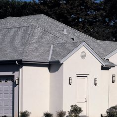 Best The Landmark Hip And Ridge Accessory Cedar Crest In Cobblestone Gray Roofing Shingles 640 x 480