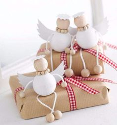 holzperlen engel basteln geschenkidee Your private home is your castle, and with some do-it-by yourself ingenuity you can renovate your … Christmas Angel Ornaments, Best Christmas Gifts, Christmas Angels, Homemade Christmas, All Things Christmas, Christmas Crafts, Christmas Decorations, Christmas Christmas, Christmas Stockings