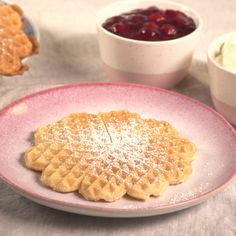 Butter waffles with mineral water for fluffy waffles – this grandma recipe is really the best waffle recipe we have ever tried. Butter waffles with mineral water for fluffy waffles – this grandma recipe is really the best waffle recipe we have ever tried. Easy Cheesecake Recipes, Homemade Cake Recipes, Easy Cookie Recipes, Dessert Recipes, Party Desserts, Fudge Recipes, Quick Recipes, Healthy Desserts, Cheesecake Cookies