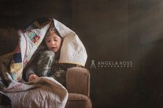 boy-quilt-angela-ross-photography.  Annie McHugs made this quilt!