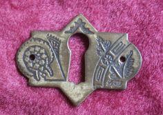 Aesthetic Escutcheon Plate, Small Brass Decorative Keyhole for Furniture, Etc, Antique