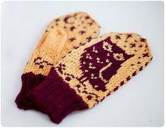 Ravelry: Moonlight Owls pattern by Daria Sorokina : I realy need to make a pair of these for myself .