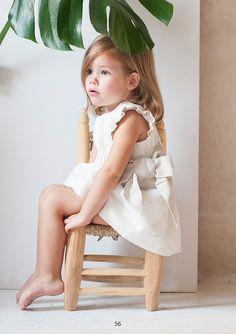 pagina del lookbook Photography Mini Sessions, Kids Fashion Photography, Clothing Photography, Children Photography, Toddler Girl Style, Toddler Girl Outfits, Kids Outfits, Black Girl Fashion, Little Girl Fashion
