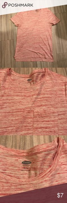 Men tee In great condition Old Navy Shirts Tees - Short Sleeve