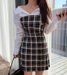 Image uploaded by '𝓝. Find images and videos about girl, fashion and style on We Heart It - the app to get lost in what you love. Kpop Outfits, Mode Outfits, Korean Outfits, Casual Outfits, Summer Outfits, Korean Fashion Trends, Korean Street Fashion, Asian Fashion Style, Cute Korean Fashion