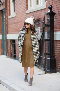 The Corporate Catwalk The Must-Have Coat for Fall - The Corporate Catwalk. Ochre knit midi sweater-dress+grey ankle boots+white checked coatü+white beanie with a pom-pom+sunglasses. Fall Casual Outfit 2016