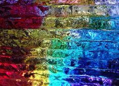 SJAAK SMETSERS Titel: Journey through the past Fusing glas, glas, brons 63x23x15 cm