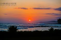 AMAZING sunset that I got to capture in Kauai, Hawaii. Gabrielle Elyse Photography www.gabrielleelyse.com