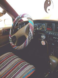 I like the chair and steering wheel cover stat!