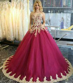 burgundy quinceanera dresses,vintage style,elegant prom dress,burgundy wedding dresses,sweetheart