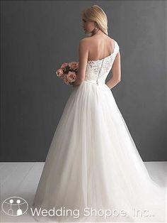 Bridal Gown Allure Romance 2650
