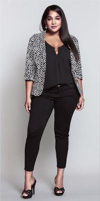 Polka dot blazer outfit for plus size womens Business Mode, Business Outfit, Business Casual Outfits, Stylish Outfits, Plus Size Business Attire, Office Outfits, Business Professional Attire, Fashion Business, Stylish Clothes