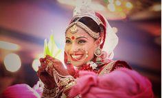 Bipash Basu In bengoli Style on Her wedding