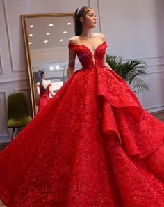 Lady in Red Quince Dresses, 15 Dresses, Ball Dresses, Fashion Dresses, Girl Fashion, Ball Gowns Evening, Ball Gowns Prom, Formal Evening Dresses, Red Quinceanera Dresses