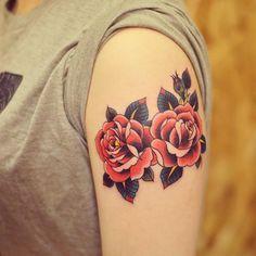 Conheça nossa seleção de fotos com tatuagens de rosas incríveis para você se…