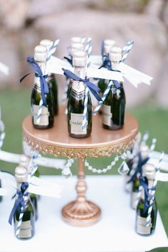 Unique wedding favors to offer your guests: Wine stoppers, personalized favors, and more. Shop for affordable favors and boxes; Creative Wedding Favors, Edible Wedding Favors, Unique Wedding Favors, Wedding Party Favors, Unique Weddings, Wedding Decorations, Wedding Ideas, Party Party, Party Time
