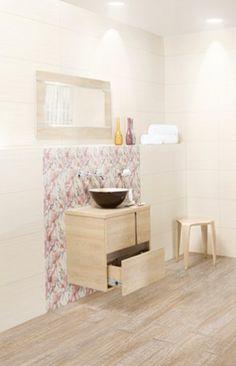 Disfruta tu tiempo en el #baño con un #ambiente femenino y delicado. #Corona inspira.