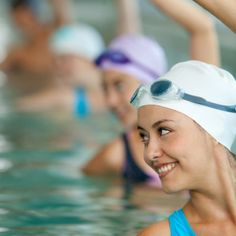 Não há limite de idades para a prática da hidroginástica. Água, diversão e convívio são elementos fundamentais.