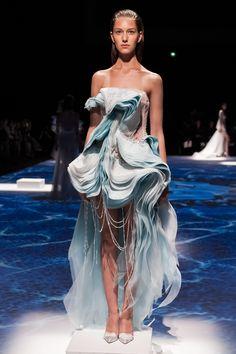 Lan YU Haute Couture Fall/Winter 2014-2015 via StyleList
