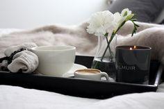homevialaura | breakfast in bed | Balmuir | Kid Mohair throw | Como scented candle | Kensington Tray | Hamilton napkin ring | linen napkins | www.balmuir.com/shop