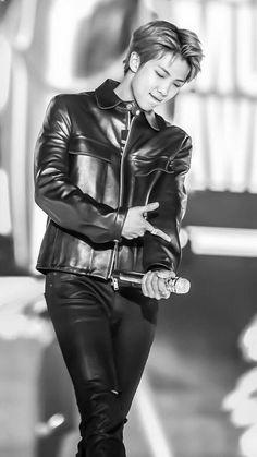 BTS RM // namjoon why u wanna kill me ? Jimin, Bts Bangtan Boy, Bts Boys, Kim Namjoon, Jung Hoseok, Seokjin, Mixtape, Bts Rap Monster, Taehyung