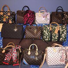 louis vuitton handbags at macy's Handbags Michael Kors, Louis Vuitton Handbags, Louis Vuitton Speedy Bag, Purses And Handbags, Vuitton Bag, Luxury Purses, Luxury Bags, Louis Vuitton Collection, Bags 2018