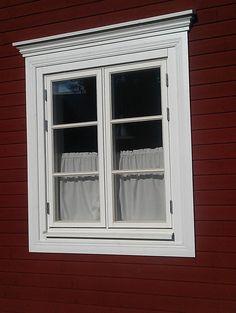 Fönsterfoder med svanhals