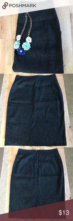 Black Skirt ANN TAYLOR Super soft fabric skirt 51% rayon, 20%  virgin wool, 2% spandex. Fully lined. Lining: 95% polyester 5% spandex. Ann Taylor Skirts Pencil