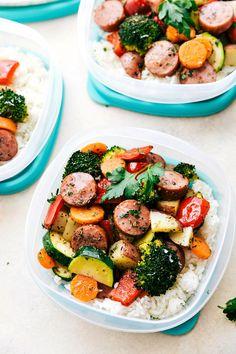 One Pan Healthy Italian Sausage & Veggies! Easy and delicious! Rrecipe via chelseasmessyapron.com