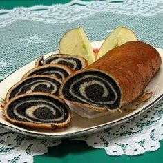 Makes 2 rolls: Crust * 1 package active dry yeast * 2 cups warm mil. Makes 2 rolls: Crust * 1 pack Slovak Recipes, Ukrainian Recipes, Czech Recipes, Hungarian Recipes, Russian Recipes, Poppy Seed Recipes, Eastern European Recipes, Polish Recipes, Best Dishes