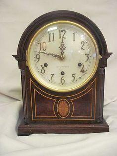 AnTIQue Seth Thomas 8-Day Pendulum Mantle Clock with Key Inlaid/Burl Wood