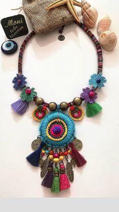 Handmade Felt, Handmade Jewelry, Crochet Accessories, Hippie Chic, Jewelry Trends, Lana, Jewelry Art, Diy And Crafts, Jewelery