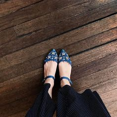 WEBSTA @ maritsanbul - #Pretty Flats for Pretty #Moms  #LinkiProfilde #shoestagram