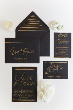 Black wedding invitations with gold handlettering #weddinginvitation