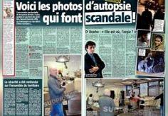 5-Jun-2015 9:22 - FOTO'S CHAMPAGNE BIJ LIJKSCHOUWING TERREURVERDACHTEN GEPUBLICEERD. De foto's van champagne drinkende medewerkers bij een lijkschouwing op de terreurverdachten uit Verviers, waarover in België veel ophef ontstond, zijn gepubliceerd in enkele Belgische kranten. Op de foto's is een politieman te zien met een fles champagne in de hand. Op de achtergrond is een autopsie aan de gang op een van de twee gedode terreurverdachten. De foto's zijn januari gemaakt, vlak nadat de...