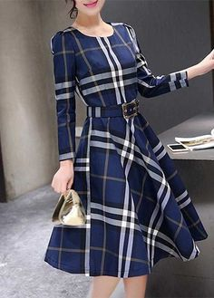 Shop Vintage Kleider Retro Kleider LuluGal Seite 2 wonderful wednesday frocks dresses a day for great style Robes Vintage, Vintage Outfits, Vintage Fashion, Dress Vintage, Cute Dress Outfits, Cute Dresses, Dresses Dresses, Plaid Dress, Belted Dress