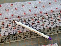 Measure and mark on crease Sewing Basics, Sewing Hacks, Diy Hair Bun Maker, Sewing Tools, Sewing Projects, Elegant Bun, Sewing Headbands, Wire Headband, Flower Diy