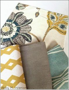 Pattern mixing for pillows! Start with a large print that you love, like the peacock fabric below. Next, chose a medium and small pr. Home Living Room, Living Room Furniture, Kitchen Living, Peacock Fabric, Peacock Curtains, Interior Design Minimalist, Fabric Combinations, Pattern Mixing, Mixing Patterns Decor