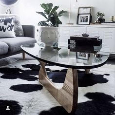 Our 2nd runner up, Matt Harrison, with his super stylish living room! Love the Ash Replica Noguchi Coffee Table!