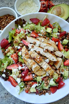 You searched for Pollo - Pizca de Sabor Salad Recipes, Diet Recipes, Deli Food, Appetizer Salads, Healthy Meal Prep, Healthy Chicken Recipes, Kitchen Recipes, Fruits And Veggies, Food And Drink