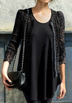 All Black + Chanel bag + Tailored tweed jacket + long black tunic - YES, totally me! Alexa Chung Style, Jeanne Damas, Tank Top Outfits, Mein Style, Diane Kruger, Rosie Huntington Whiteley, Fashion Outfits, Womens Fashion, Victoria Beckham